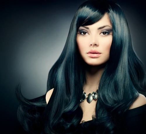 11 Edgy-chic Blue Black Hairstyles for Women - Pretty Designs