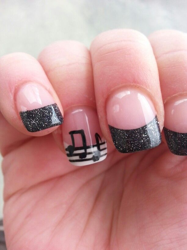 Black Nails - Music Manicure For You To Rock - Pretty Designs - Music Nail Designs Graham Reid