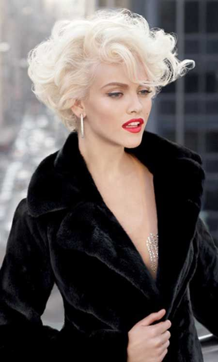 Astounding 15 Super Cool Platinum Blonde Hairstyles To Try Pretty Designs Short Hairstyles Gunalazisus