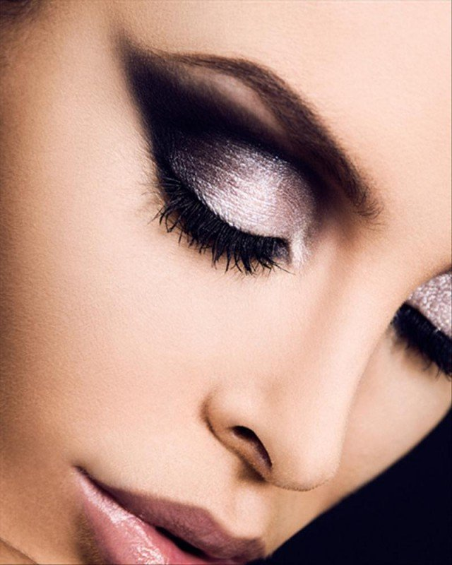 Brown and Silver Makeup Idea