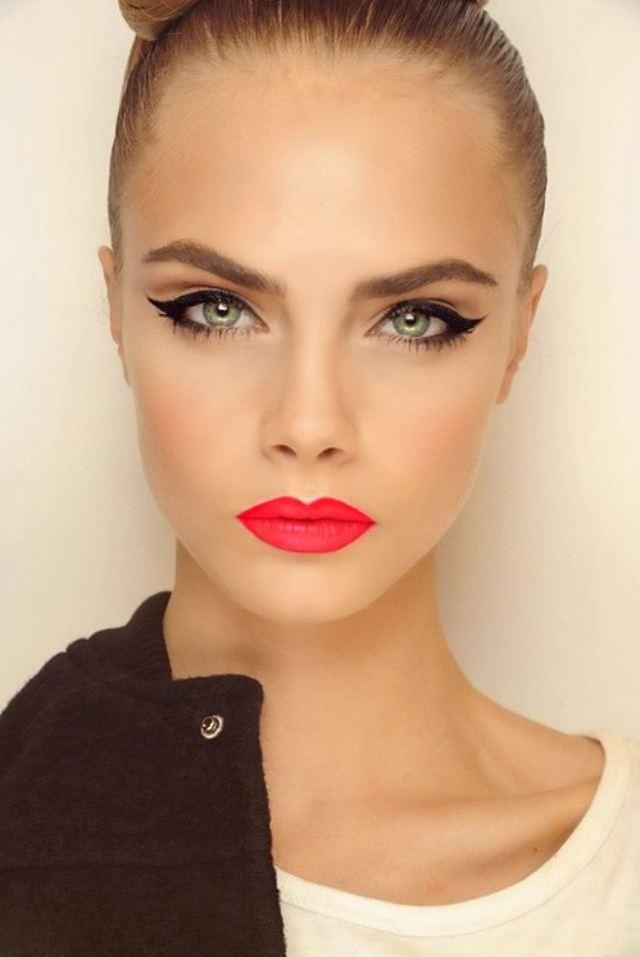 Cheerful Makeup Idea