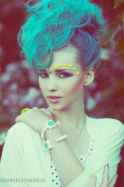 Chic Blue Hair Chic Blue Hair