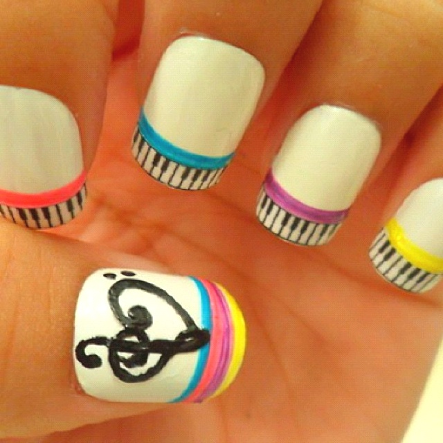 Colorful Music Nails