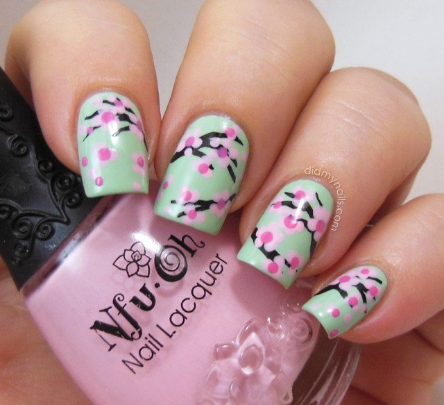 Cute Floral Nail Design - 20 Beautiful Floral Nail Designs With Vintage Glamour - Pretty Designs