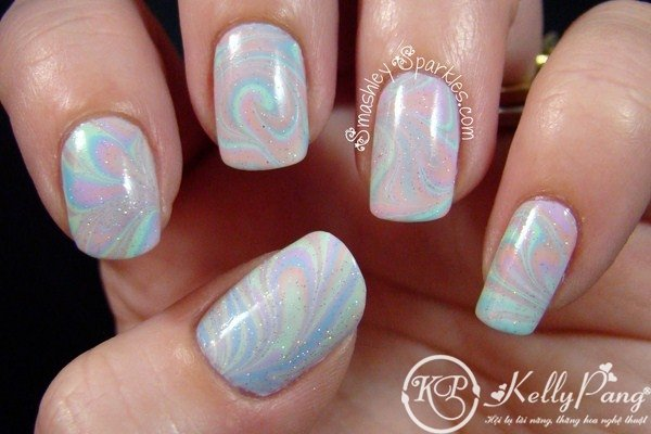 Glittering Marble Nail Design