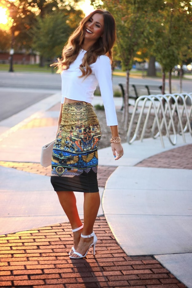 Graceful Look with Printed Long Skirt