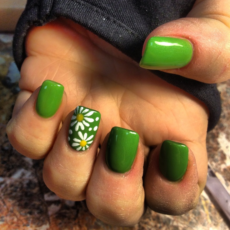Green Nails - 15 Sunflower Nail Designs For The Season - Pretty Designs
