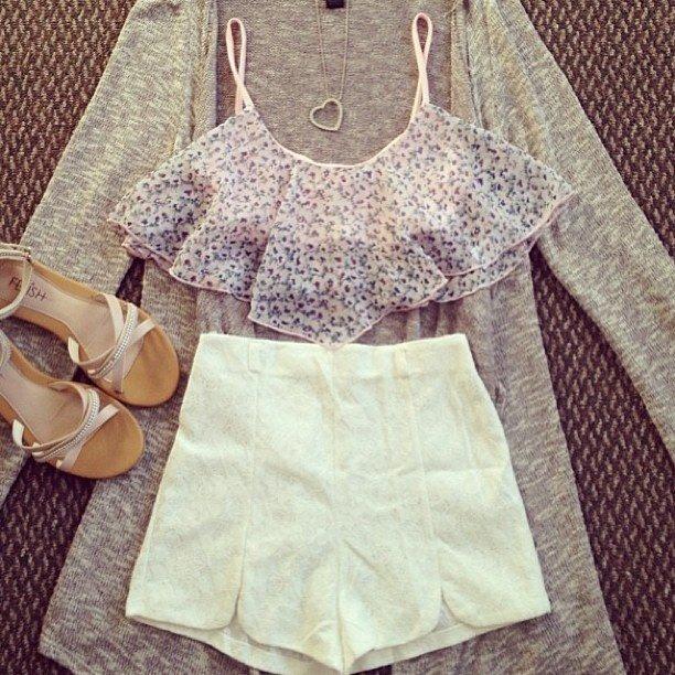 High Waisted Outfit Idea