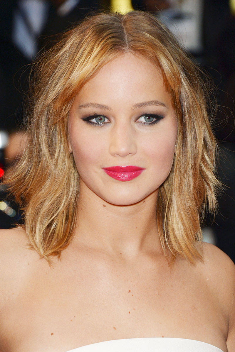 Jennifer Lawrence Red Lip Makeup Idea for Wedding