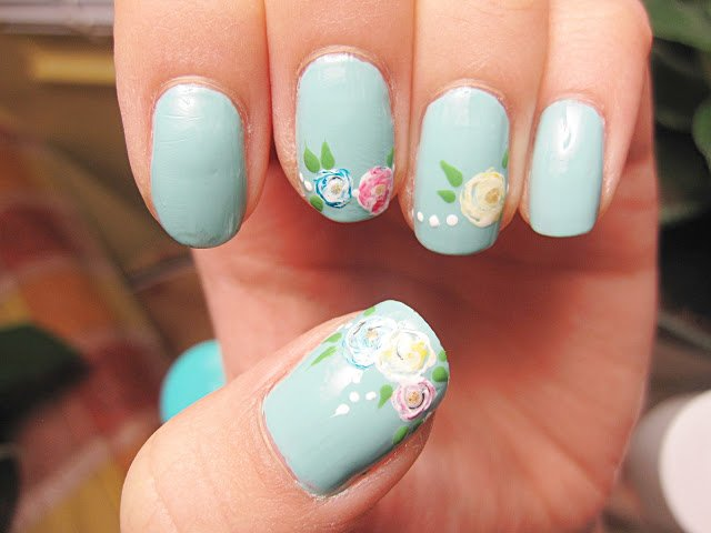 20 beautiful floral nail designs with vintage glamour pretty designs light blue floral nail design prinsesfo Image collections