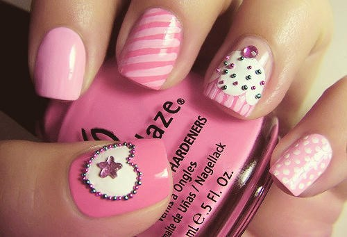Lovely Pink Mismatched Nail Designs