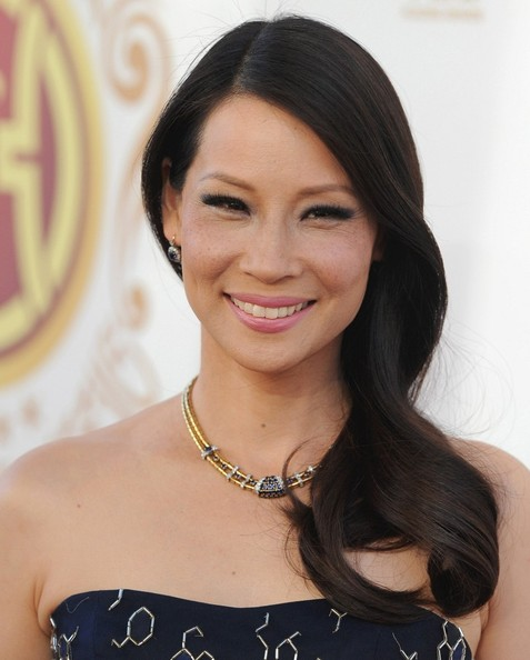 Lucy Liu Side-swept Hairstyle