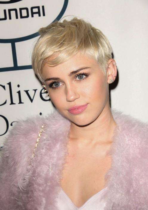 15 Spectaculaire Celebrity-goedgekeurde kapsels voor vrouwen