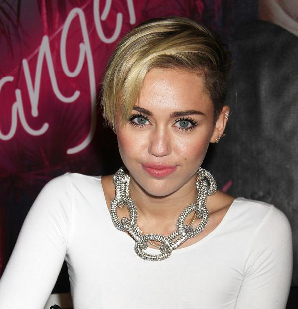 Miley Cyrus Pixie Haircut