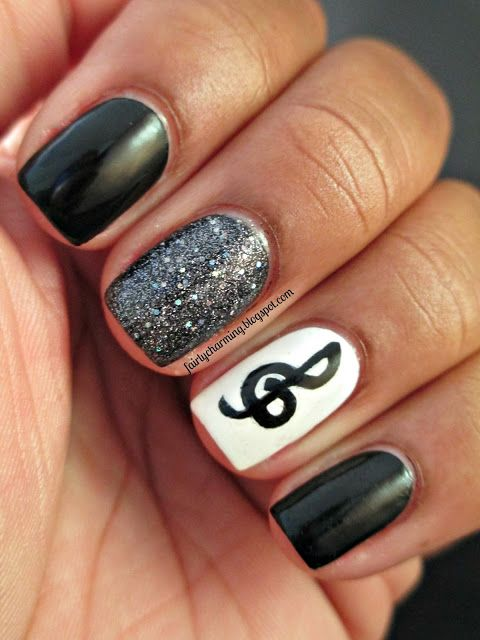 Music Nails with Glitter