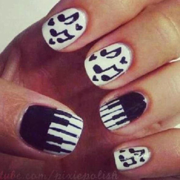 Pretty Music Nails