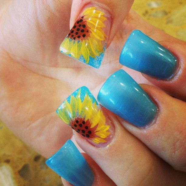 Pretty Sunflower Nails via - 15 Sunflower Nail Designs For The Season - Pretty Designs