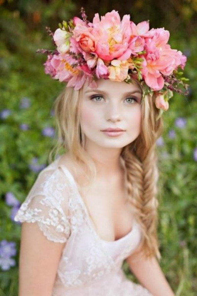 Romantic Braided Wedding Hairstyle