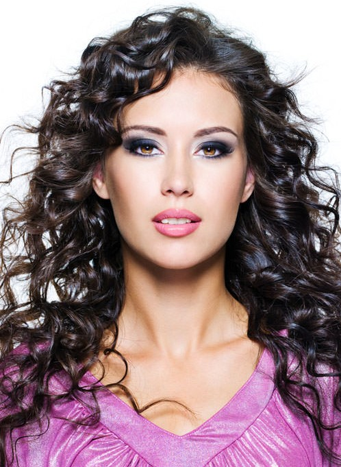 16 Super Charming Hairstyles for Long Curly Hair - Pretty ...