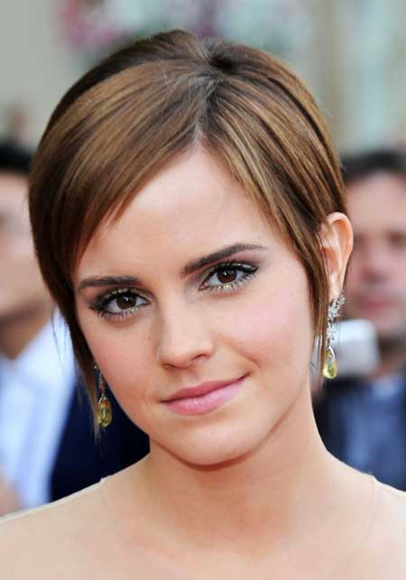 20 Stunning Straight Hairstyles for Short Hair - Pretty Designs