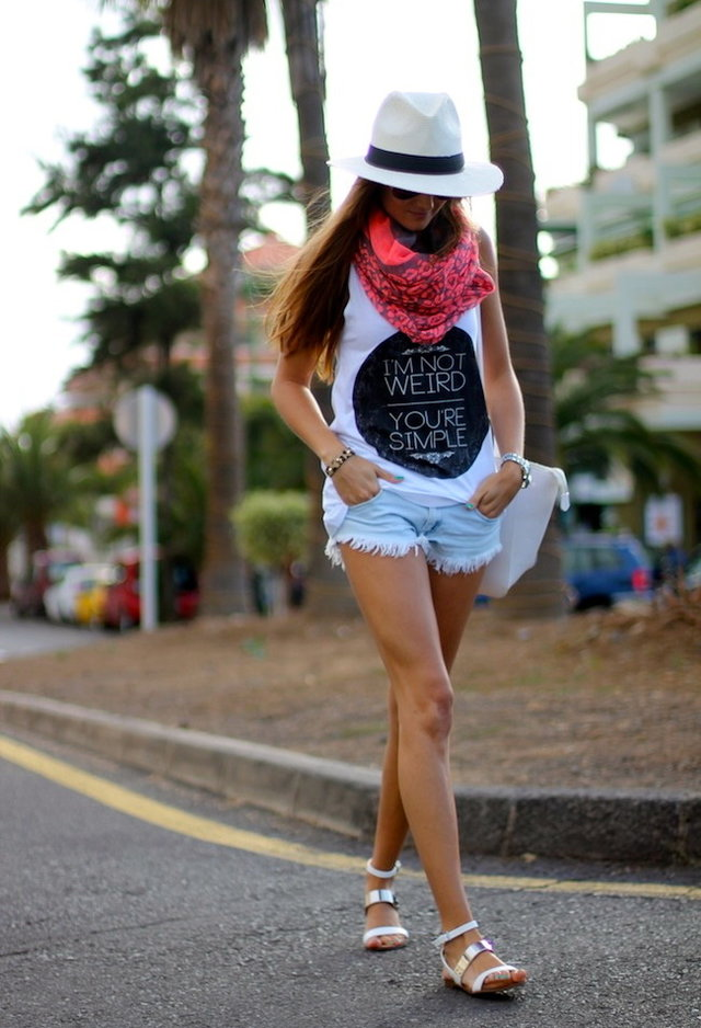 Stylish Way to Wear Shorts