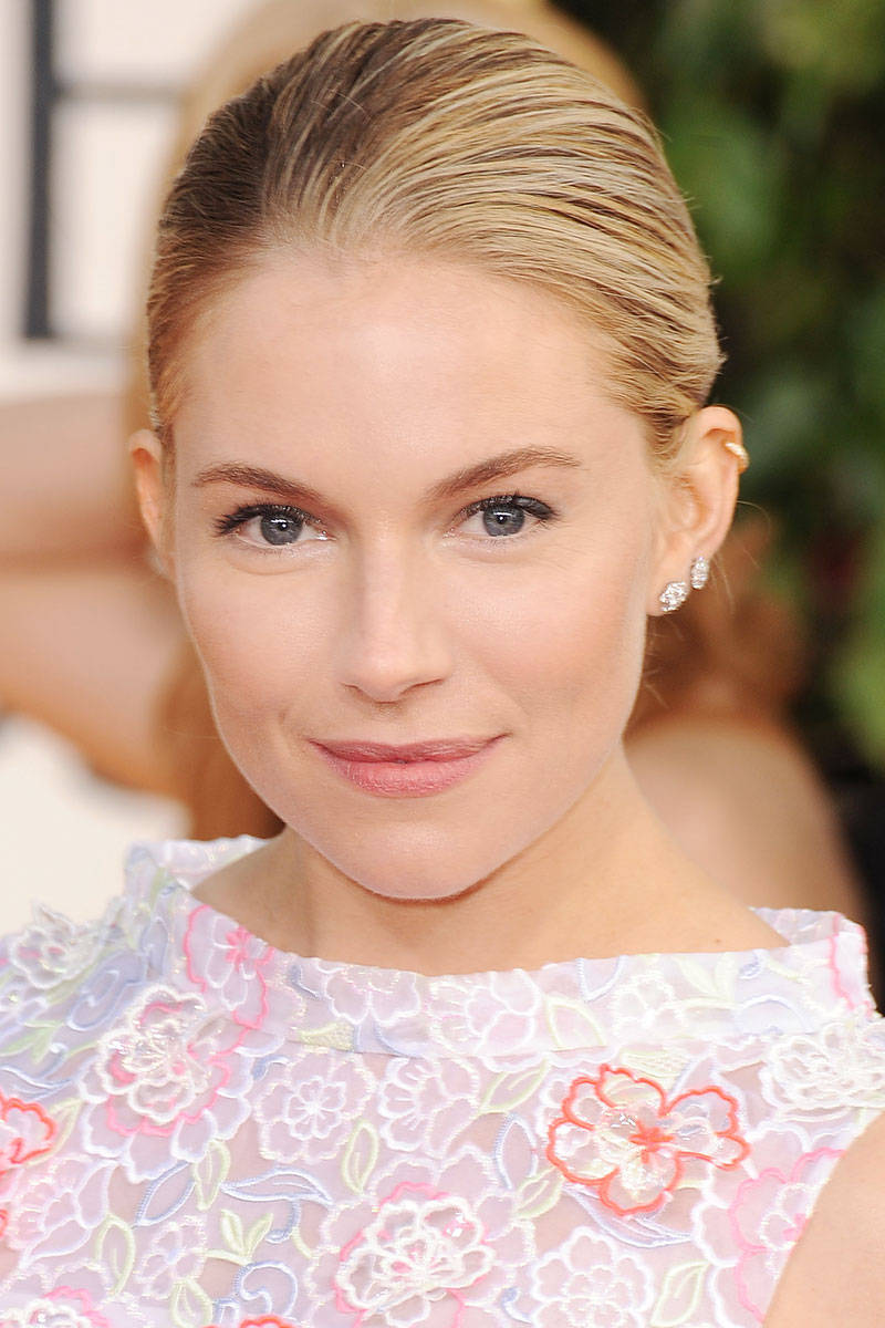 Sienna Miller Fresh Makeup Idea for Wedding