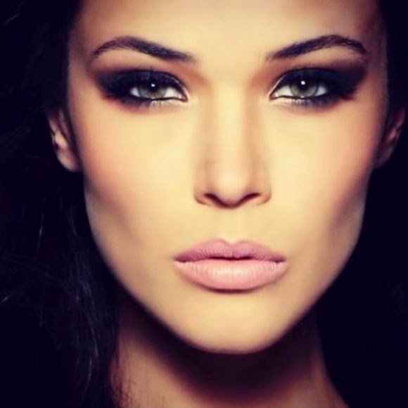 Smoky Eyes and Pink Lips