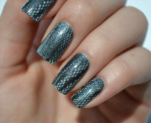 Snake Print Nail Art