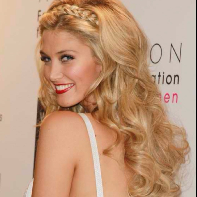 Hairstaily : 20 Gorgeous Headband Hairstyles You Love - Pretty Designs