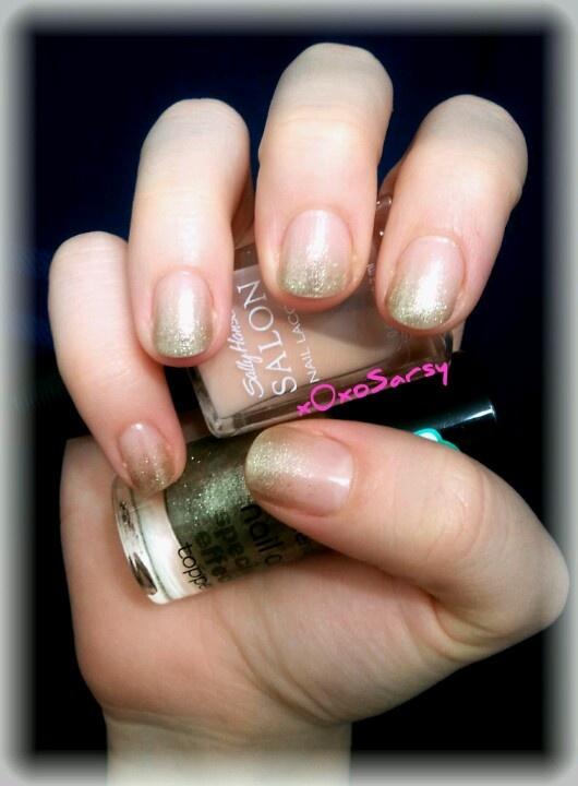 Subtle Gold Glitter Gradient Nails