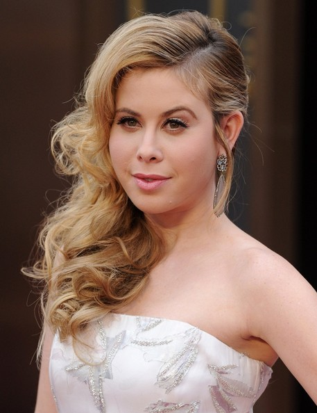 Tara Lipinski Side-swept Hairstyle