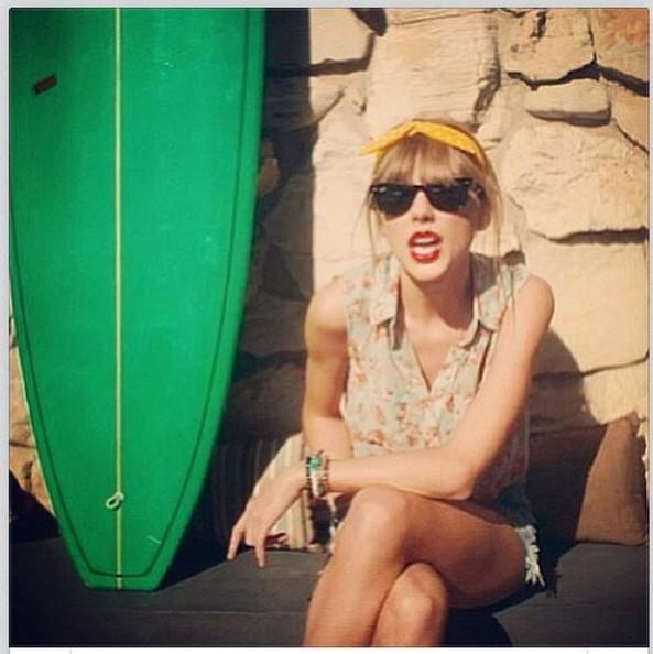 Taylor Swift Bandana/Instagram
