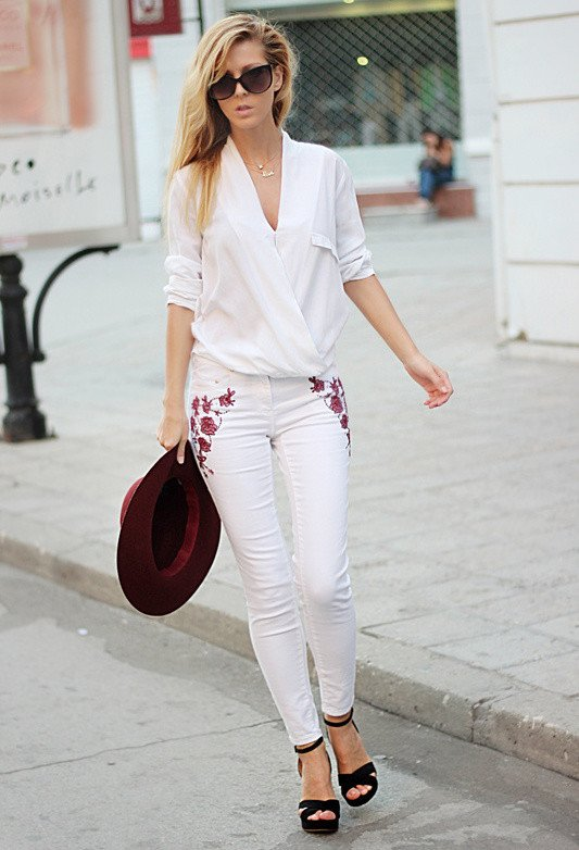 Trendy Outfit Idea with White Jeans