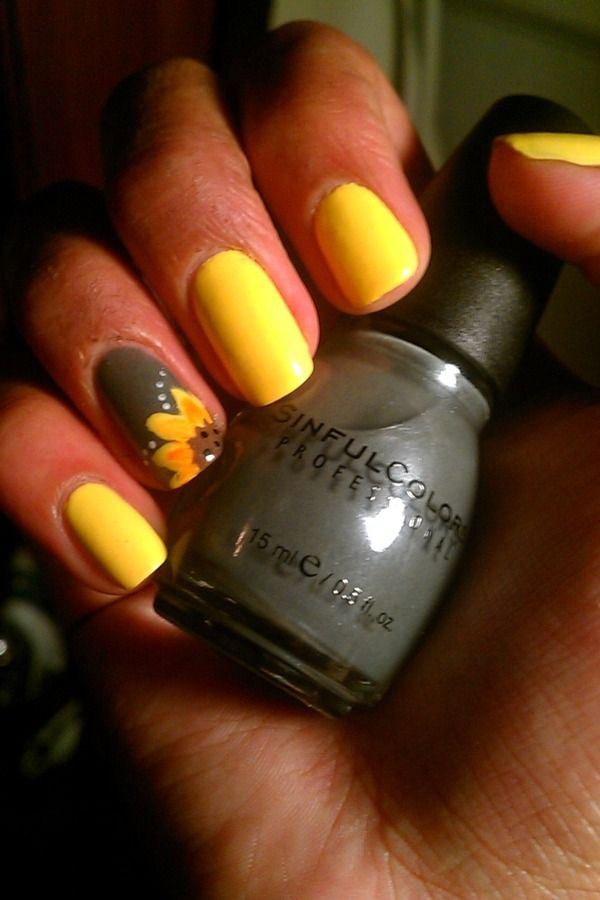 15 Sunflower Nail Designs for the Season - Pretty Designs