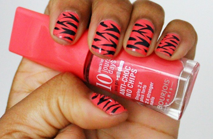 Zebra Printed Nails