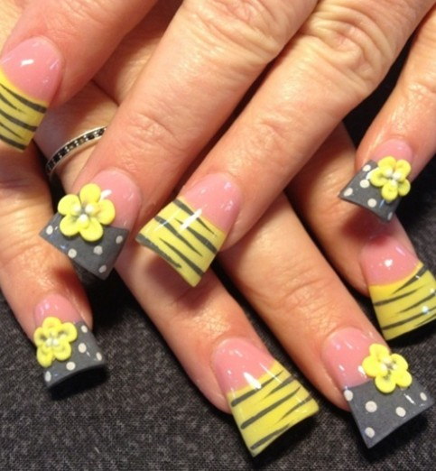 3D Yellow Flower Nails