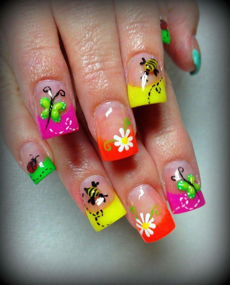 15 kleurrijke nagels voor de zomer