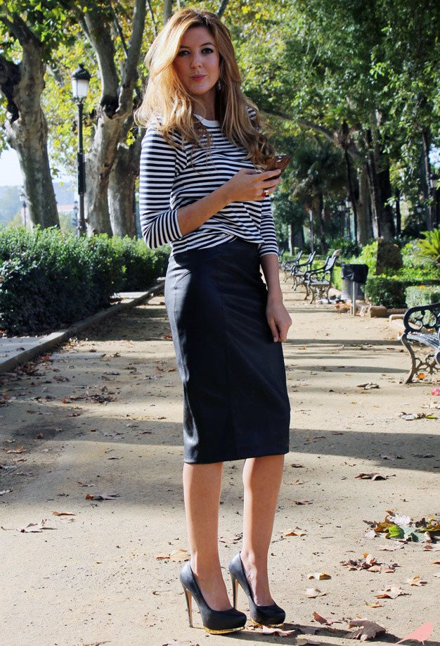 Black Pencil Skirt Outfit Idea with Stripe Tops