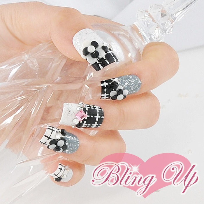 3D Flower Nail Designs - Pretty Designs