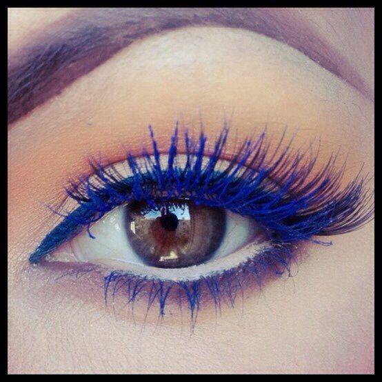 Blue Colored Mascara Look