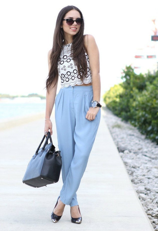 Blue High Waisted Pants Outfit Idea