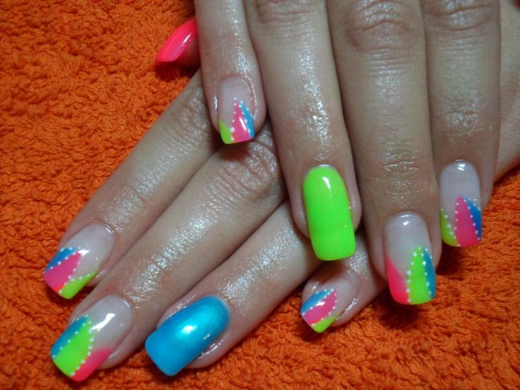 15 colorful nails for summer pretty designs bright color nails prinsesfo Gallery