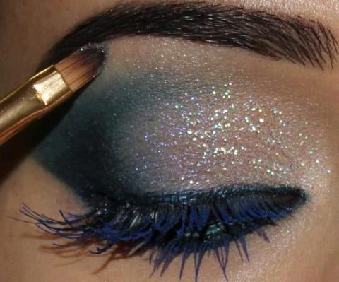 Brightly Colored Mascara Look