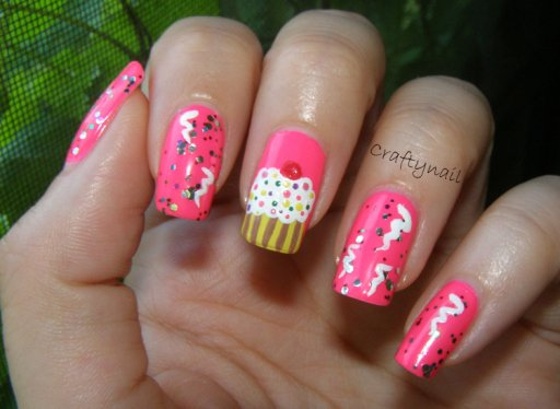 Cute Cake Nail Design - 14 Lovely Nail Designs For Your Kids' Birthday Party - Pretty Designs