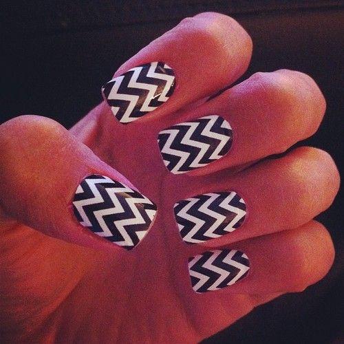 Classic Chevron Nails