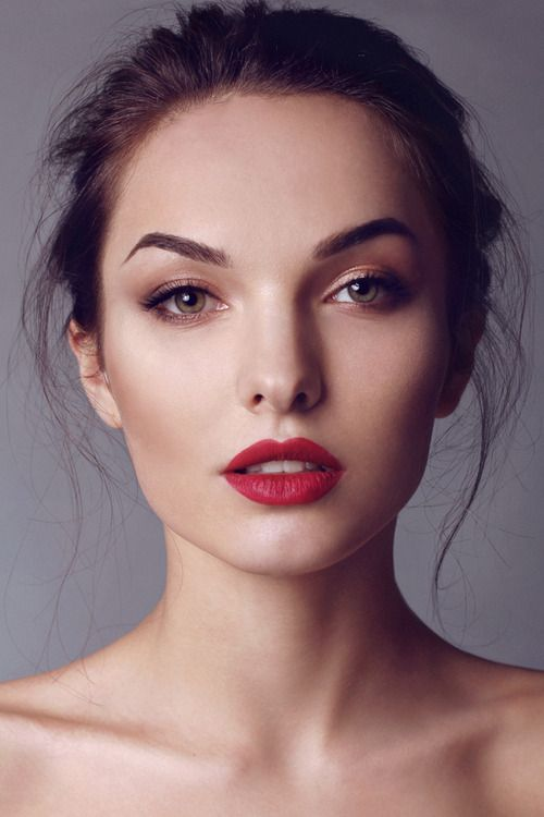 14 Bloody Hot Red Lips For 2014 - Pretty Designs