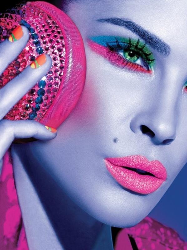 Colorful Eyes - Neon Makeup Look
