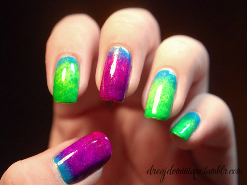 Colorful Nails - Neon Makeup Look