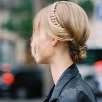 Delicate Updo Hairstyle with Briads