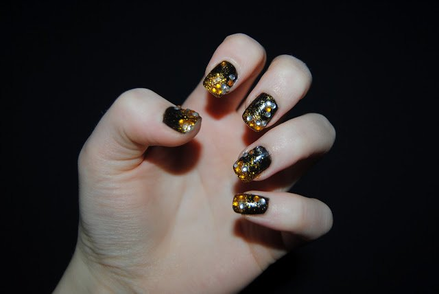 Do It Yourself Luxury Jewelled Nails